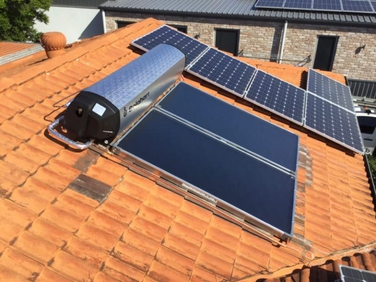 New solar hot water installation
